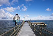 Germany, Zingst, wooden boardwalk and submarine gondola - SIEF006893