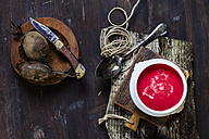 Bowl of beetroot soup - SBDF002586