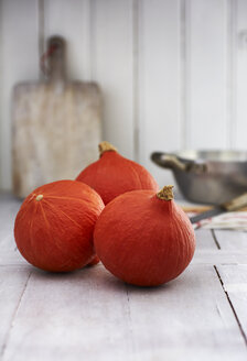 Three Hokkaido pumpkins - KSWF001720