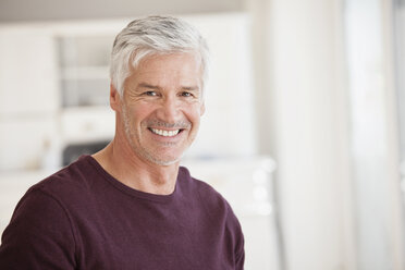 Portrait of smiling mature man grey hair and stubble - RBF003820