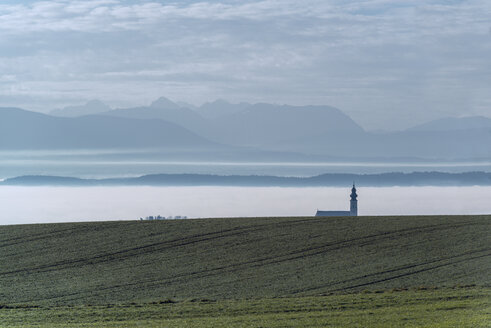 Austria, Ostermiething, Church in the fog, mountains in the background - OPF000101