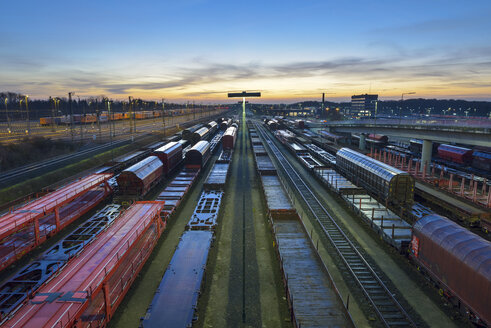 Germany, Hamburg, Railway yard Maschen in the morning - RJ000557