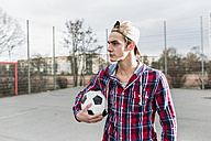 Young football player - UUF006299