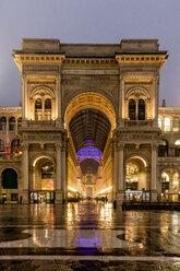 Italy, Milan, Galleria Vittorio Emanuele II - DAWF000410