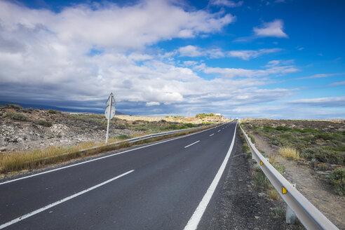 Spain, Tenerife, empty road - SIPF000005
