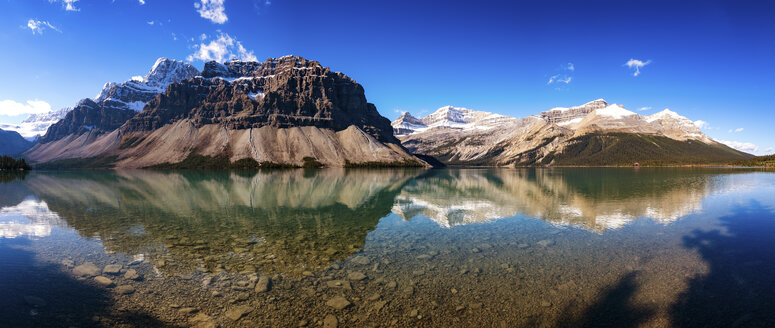 Canada, Alberta, Bow Lake, Icefields Parkway, Jasper National Park - SMAF000409