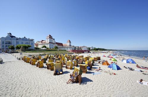 Germany, Mecklenburg-Western Pomerania, Ruegen, Binz, beach - LH000490