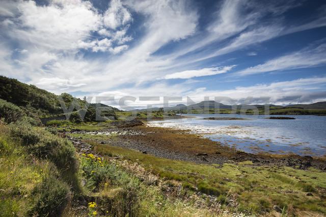 United Kingdom, Scotland, Isle of Skye, Loch Dunvegan - ELF001730