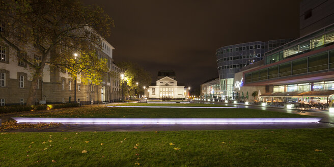 Germany, North Rhine-Westphalia, Duisburg, theater and Citypalais at night - WIF003084