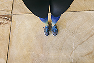 Spain, Barcelona, female jogging standing - EBSF001226