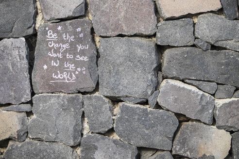 Spain, Tenerife, Saying written on stone wall - SIPF000009