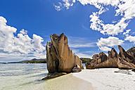 Seychelles, Praslin, Curieuse Island, beach with granite rocks - FOF008377