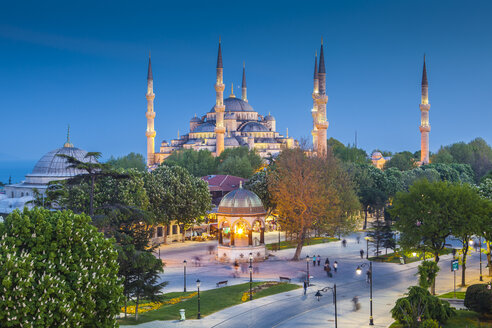 Turkey, Istanbul, view to Haghia Sophia at blue hour - MDIF000011