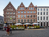 Belgium, Flanders, Ghent, Guildhalls and restaurants on Pens market - AM004690