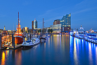 Germany, Hamburg, Hanseatic Trade Center, Elbphilharmonie and harbor in the evening - RJF000563