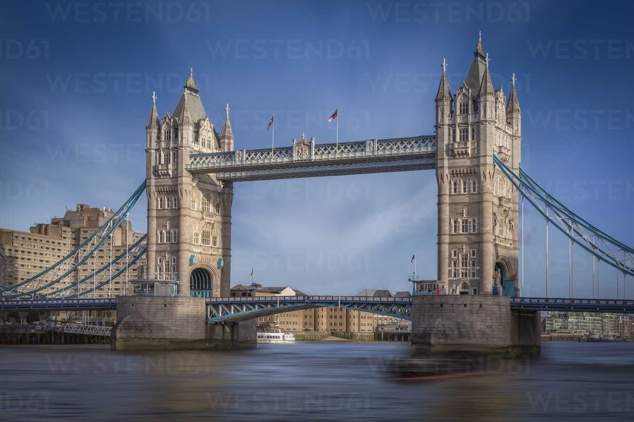 UK, London, view to Tower Bridge and Thames River - NKF000437 - Stefan Kunert/Westend61