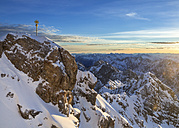 Germany, Bavaria, sunrise on Zugspitze, view on summit and Jubilaeumsgrat - STSF001003