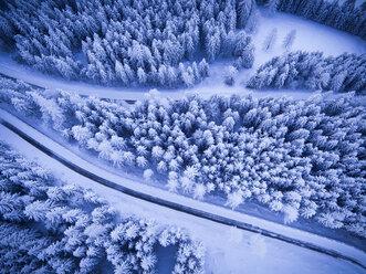 Germany, Bavaria, Rossfeldstrasse, alpine road in winter - STCF000147