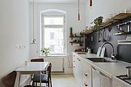 Minimalist kitchen - JUBF000079