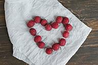 Heart shaped with raspberries - JPF000108