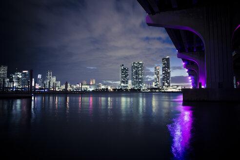 USA, Miami, view to the skyline at twilight - CHPF000213