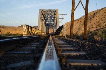 USA, Nevada, Rails in the desert - NGF000246