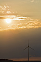 Wind wheel and evening sun - UMF000803