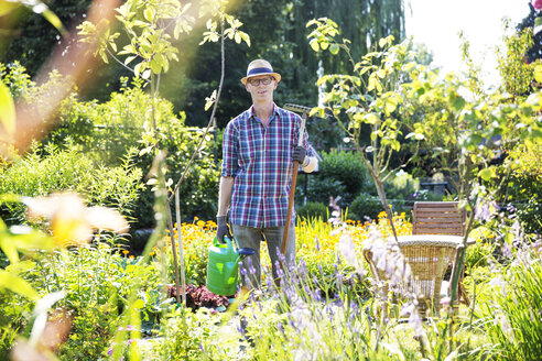 Portrait of allotment gardener - JATF000830