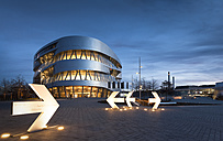 Germany, Stuttgart, view to Mercedes-Benz Museum at twilight - FC000845