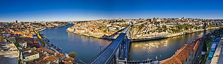 Portugal, Porto, cityscape as seen from Vila Nova de Gaia - AMF004756