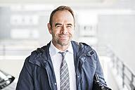 Portrait of confident businessman - UUF006537