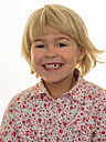 Portrait of smiling girl with tooth gap - EJWF000768