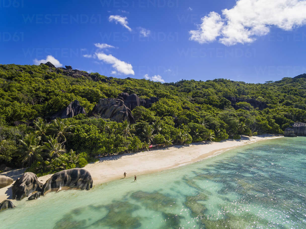 Seychelles, La Digue Island, Anse Source D'Argent, Aerial view of beach - FOF008405 - Fotofeeling/Westend61