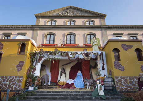 Spain, Tenerife, La Orotava, view to Christmas crib in the front of town hall - SIE006955