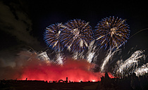 Germany, Hannover, international fireworks competition at Herrenhausen Gardens - PVCF000776
