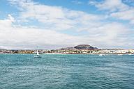 Spain, Canary Islands, Fuerteventura, view to Corralejo - GEMF000727