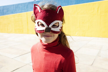 Portrait of little girl wearing animal mask - VABF000213