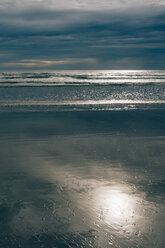 France, Brittany, Finistere, Pointe de la Torche, beach - MJF001779