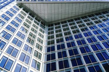 Germany, Hamburg, part of facade of modern building at Hafencity - HOHF001391