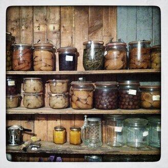 Jars on shelf - SABF000038