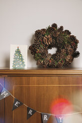 Advent decoration on cabinet in living room - MFF002824
