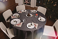 Table left after Christmas pudding - MFF002873