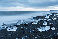 Iceland, Jokulsarlon, ice on the beach - PAF001687