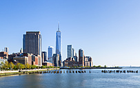 USA, New York City, Manhattan, view to financial district - HSIF000426