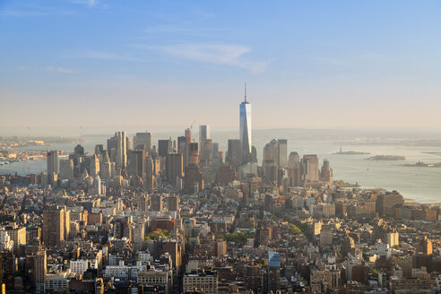 USA, New York City, Manhattan,  financial district at sunset seen from above - HSIF000432