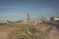 Germany, Warnemuende, old lighthouse and Teepott - ASCF000535