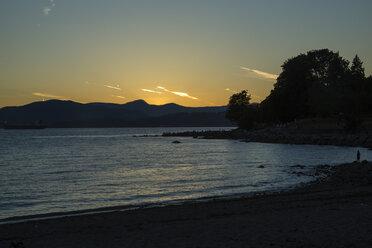 Canada, Vancouver, English Bay at sunset - NGF000321