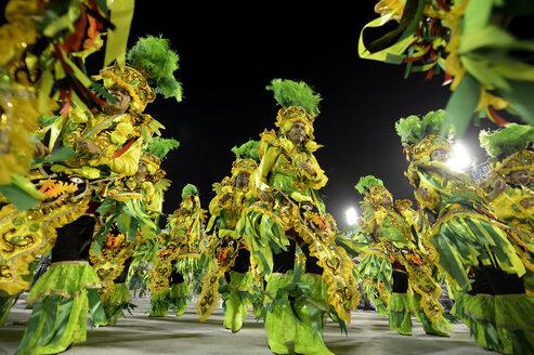 Brazil, Rio de Janeiro, Parade of samba school Beija Flor de Nilopolis at the sambadrome - FLKF000687