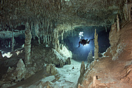 Mexico, Yucatan, Tulum, cave diver in the system Tux Kubaxa - YRF000092