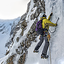 United Kingdom, Scotland, Ben Nevis, ice climbing - ALRF000364